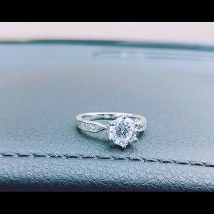 Amazingly Gorgeous Engagement Ring.